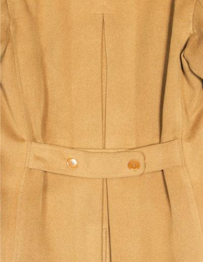abiti-cappotto-cammello-dettaglio