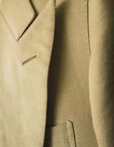 abiti-giacca-marronechiaro-dett
